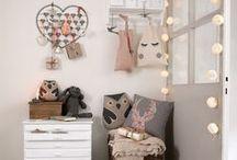 Le monde des enfants / chambre, décoration, jouets, peluches, linge de lit