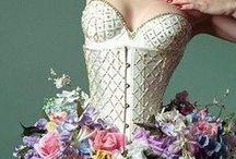 Stravagantemente Fashion / Una raccolta di modelli molto particolare e kitsch!