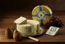 """Dolcina Gorgonzola® Pairings / Like a finely tailored, pinstriped Italian suit, our blue-veined friend is always distinctive. Extra cream and indulgent aging are the secrets to this mild, rich cheese-lover's dream. Gorgonzola was first born in the town of the same name near Milan in 879 A.D. Perfected by Sartori in 2007, this award-winning """"dolce latte,"""" or sweet milk–style Gorgonzola, is especially silky and smooth."""