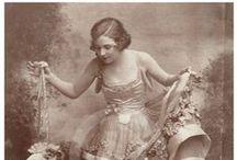 ženy portréty minulosti