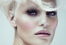 Makeup / by Amanda Nilsberth