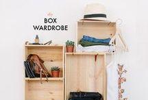 Garderobe selber machen / Garderobenständer, Kleiderschrank oder einfache Haken - Do it yourself Projekte zur Aufbewahrung Deiner Klamotten. Hol Dir auf dieser Wand DIY Ideen für Deine Garderobe.