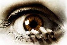 Eyes / by Judy Duffy