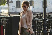 Spodnie typu chinos / Eleganckie stylizacji z luźnymi spodniami