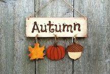 #AutunnoinCucina / Ricette, mise in place, segnaposto e guardinizioni dal tema autunnale con colori caldi e sostanziosi. #autunnoincucina #guardiniteglie
