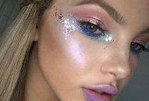 GLITTER BUGS / All the most magical glitter to walk the planet... Smoother it on your face, in your hair, on your food, on your pets...