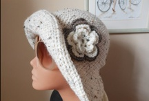 Hat / knitted and crocheted