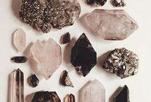 stones, minerals & crystals