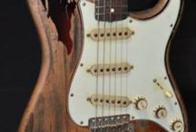 Gitar / Gitar penuh inspirasi