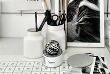 O F F I C E    S P A C E / Home offices and study areas we love