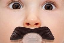 Accessori Bimbi / Gli accessori più belli, simpatici e utili per bambini: biberon, ciucci, passeggini, carrozzine e molto altro