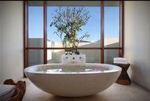 Indoors/Outdoors Bathrooms / Indoors & Outdoors #Bathrooms in #Bali