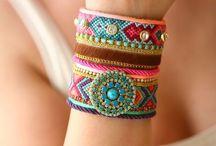 Friendship bracelets / Náramky z bavlnek :))