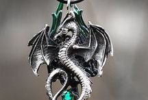 Dragon's jewelry. / Jewelry.