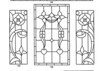 COLOURING: STAINED GLASS