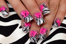 Nail Art  / Nail Art that Inspires Me & Some of My Own. (: / by Laura Breault
