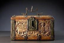 Medieval casket / box / coffret