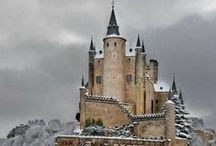 Castles / by Suzanne Wright