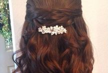 Wedding hair, makeup, and accessories / by Sarah Gwin Ryglicki