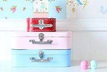 Suitcases DIY/Inspiration / Mini suitcases adorables