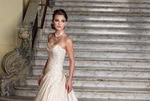 Plus size wedding dresses / Wedding dresses designed for the curvier bride.