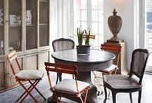⊂ À la table ⊃ / Table setup / Les arts de la table