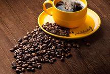 Kávé s mondások / A kávé bölcsebbé, okosabbá, szebbé tesz.