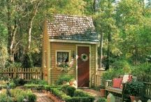 Quaint cottages and Victorian beauties... / by linda