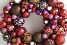 Bauble wreaths / Bauble wreaths