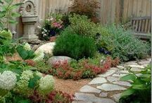 Gardening and Landscaping / Make your outdoor living space pop with these amazing landscaping and gardening ideas