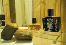Exposition / Lulua Perfumeria- new, wooden exposition