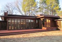 FLLW - Rosenbaum House / Stanley and Mildred Rosenbaum House. 1940 and an addition in 1948. Usonian Style. Florence, Alabama.