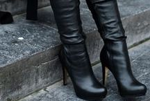 Boots / Knee boots, ankle boots, booties, rain boots, snow boots, heel boots, any kind of boots!