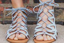 Sandales || bottines