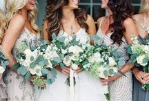 Wedding Flowers / Wedding bouquets, floral decor, boutineers, centerpieces and all other types of wedding flowers for inspiration at any stage of your wedding planning.