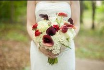 WEDDING FLOWERS  / Bouquets to boutonnieres and everything in between. These wedding flowers will keep you day dreaming!
