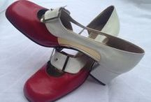 Vintage shoes / Walk getting through the sixties, seventies, eighties and ninties. Discover our shoes on Etsy