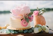 Cake Love / by Brittany Snyder
