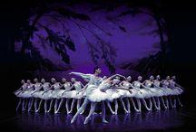 Dance like no one's watching! / Minha eterna paixão: Dança - Ballet Clássico / by Mariana Bitencourt