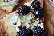 Plus Noire Qu'un Mure / Berry recipes / by Xzigalia Ni Siochfhradha