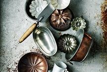 Kitchenalia / Collectors and collections, stylish dinnerware, tableware, utensils, ceramics, vintage rustic kitchen