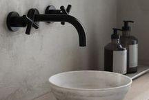Beautiful Bathrooms / Inspirational bathroom decor ideas, brass fittings, patterned geometric tiles, bohemian modern design.