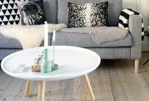 Living room / Light, warm, modern, family