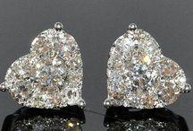 Earrings / Earrings always look gorgeous on women!