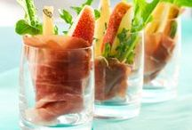 Finger Food Ideas / The best finger food recipes to make your cocktail party, happy hour or just a drink with friends tastier than ever!