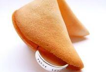 fortune cookies / cassez un biscuit pour découvrir un petit message bienveillant inscrit sur une bague en argent !
