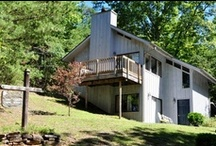 Our Cabins / East Tennessee vacation cabin rentals in Gatlinburg and Pigeon Forge by Ridgecrest Log Cabin & Chalet Rentals.  Affordable Year Round!