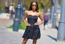 Envy fashion- Corvin sétány / Dinamikusan fejlődő, elismert márka. A ruhák a legújabb divat szerint, minőségi alapanyagokból készülnek, nőies fazonokban. Az Envy Fashion - Corvin sétányon lévő üzletében folyamatosan fog bővülni és megújulni a kínálat, így érdemes majd sűrűn ellátogatni az Envy üzletbe.  A márka népszerűségét és elismertségét pedig méltán igazolja az, hogy a hazai stylistok és sztárok bátran használják és viselik televíziós műsorokban, rendezvényeken, és divatmagazinok oldalain.