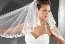 Beautiful Bride Dresses & makeup Photography / Bride Dresses & makeup