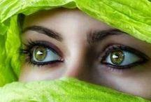 Beautiful portrait Muslim women with Niqab / Beautiful Muslim women with Niqab